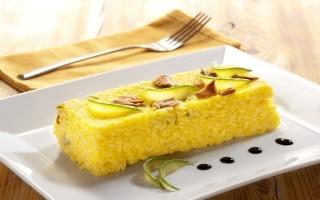 Lingotto di riso con porcini e zucchine