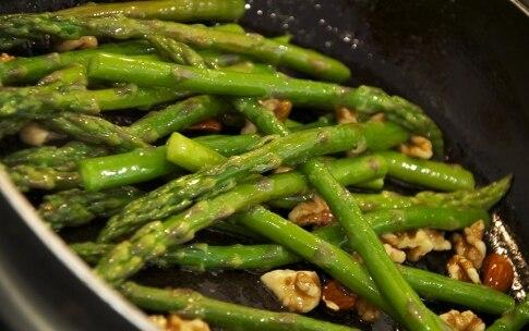 Preparazione Sfogliatine danesi con asparagi - Fase 4