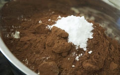 Preparazione Torta al cacao, senza uova e senza latte - Fase 1