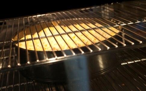Preparazione Torta di mele e mandorle - Fase 6