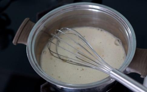 Preparazione Bicchierini alle ciliegie e basilico, chantilly all'italiana e sablé breton - Fase 5