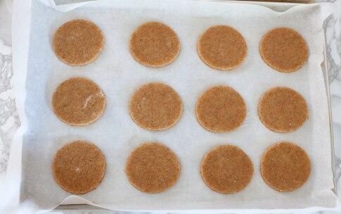 Preparazione Biscotti integrali con le mandorle - Fase 3