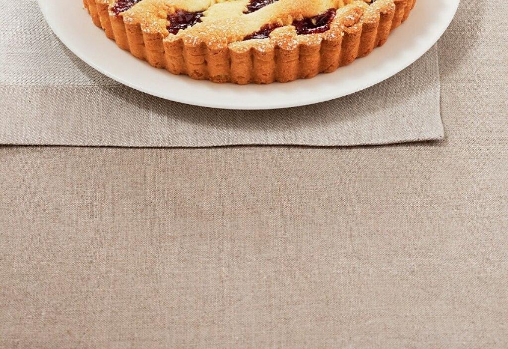 Crostata a incrocio con marmellata