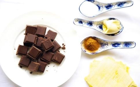 Preparazione Wonton dolci al cioccolato e cannella - Fase 1
