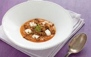 Zuppa fredda di albicocche, robiola di...