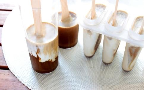 Preparazione Ghiaccioli al caffè - Fase 3