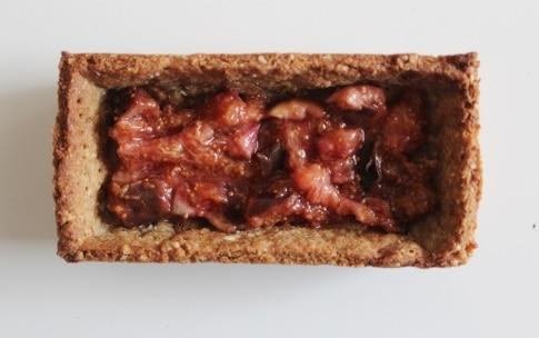 Preparazione Crostata alle mandorle con crema allo zenzero e fichi - Fase 2