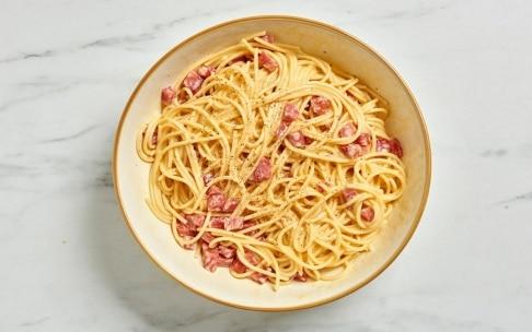 Preparazione Frittata di spaghetti - Fase 2