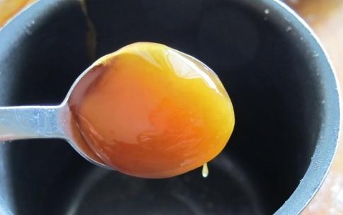 Preparazione Maiale in crosta d'erbe con salsa al miele e peperoncino - Fase 10