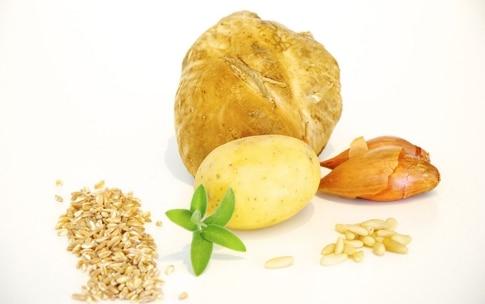 Preparazione Zuppa di farro, porcini e pinoli nel barattolo - Fase 1