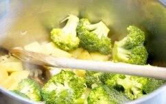 Preparazione Crema di broccolo, ceci e cipolla in barattolo - Fase 1