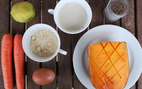 Preparazione Frittelle di zucca con  carote al cumino - Fase 1
