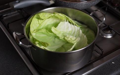 Preparazione Cestini di verza con castagne, mele e cipolle - Fase 3