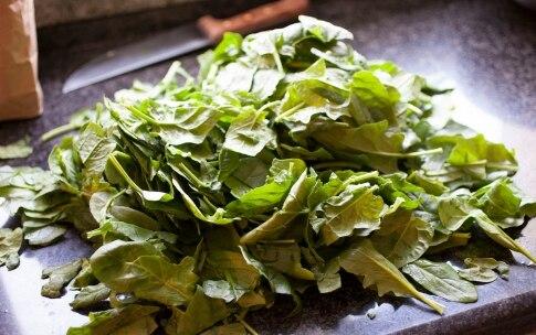 Preparazione Ravioli del Plin con ricotta e spinaci - Fase 3