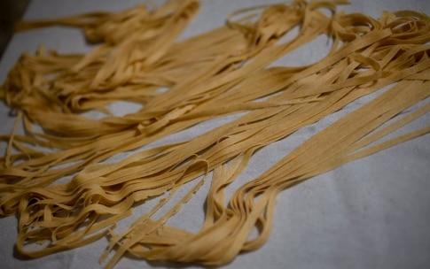 Preparazione Tagliatelle di grano Russello e ragù di fagiano - Fase 4