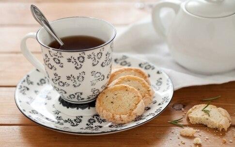 Preparazione Biscotti al limone e rosmarino - Fase 7
