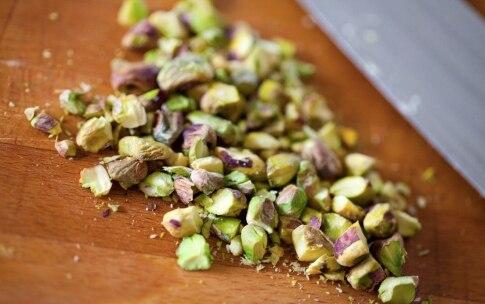 Preparazione Insalata di arance, songino, pistacchi e finocchi - Fase 3
