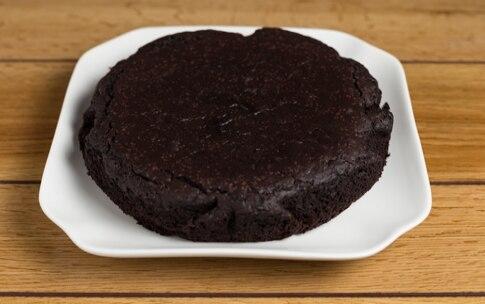 Preparazione Torta al cacao con crema di caffè - Fase 3
