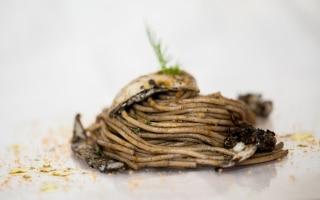 Spaghetti al farro, seppie sporche,...