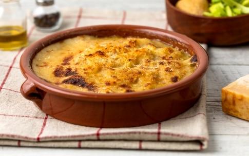 Preparazione Zuppa di porri e patate al gratin con finocchietto - Fase 5