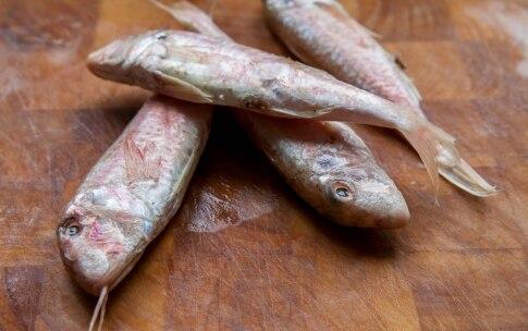 Preparazione Triglie con patate schiacciate ed erba cipollina - Fase 2