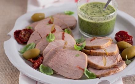 Arrosto con olive e pomodori secchi
