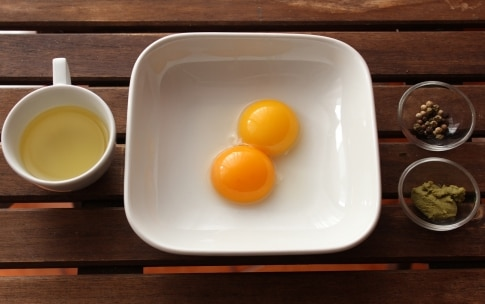 Preparazione Maionese al wasabi - Fase 1