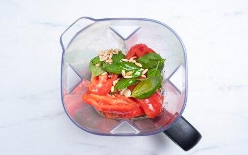 Preparazione Pesto alla siciliana - Fase 3
