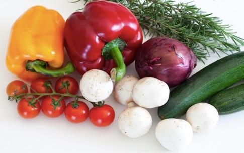 Preparazione Spiedini di verdure - Fase 1