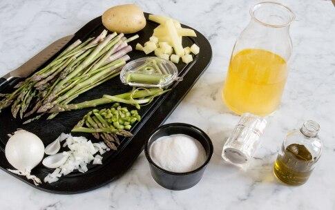 Preparazione Vellutata di asparagi con polpettine di patate - Fase 1