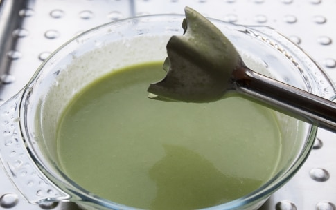 Preparazione Vellutata di asparagi con polpettine di patate - Fase 3