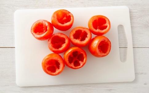 Preparazione Pomodori al forno ripieni di pecorino - Fase 1