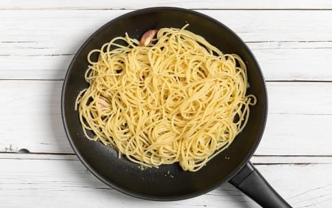 Preparazione Spaghetti alla bottarga - Fase 2