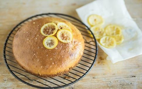 Preparazione Torta al limone e miele con semi di papavero - Fase 4