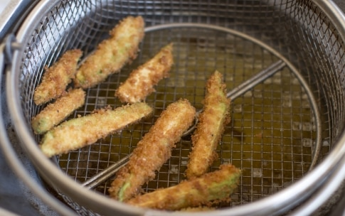 Preparazione Avocado fries - Fase 4