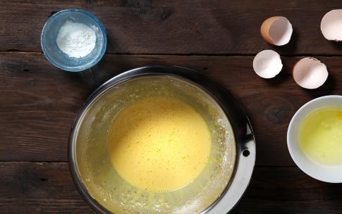 Preparazione Crema pasticcera al cioccolato - Fase 1
