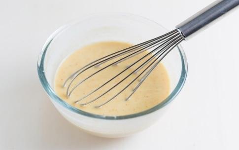 Preparazione Panino con falafel, anelli di cipolla e pomodori fritti - Fase 3