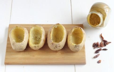 Preparazione Patate ripiene di prosciutto, formaggio e fagiolini - Fase 2