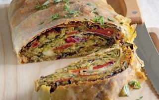 Strudel di verdure, pane aromatico e...