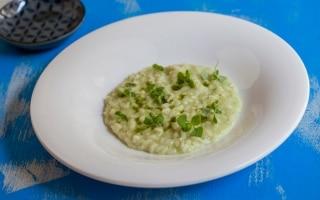 Risotto al wasabi e basilico, mantecato al...