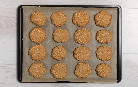 Preparazione Biscotti integrali all'avena e cioccolato  - Fase 3