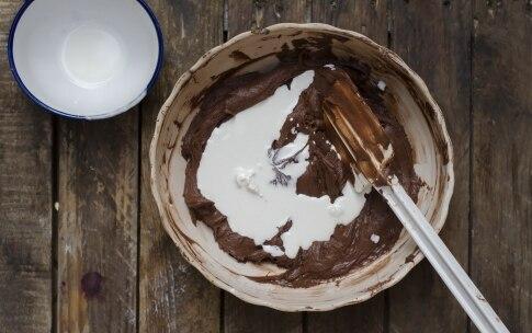 Preparazione Torta al cioccolato all'inglese - Fase 8