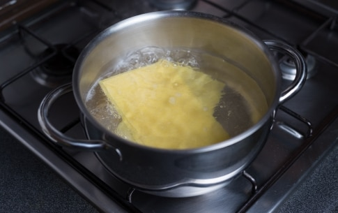 Preparazione Cannelloni di verza e porri con salsa di zucca - Fase 2