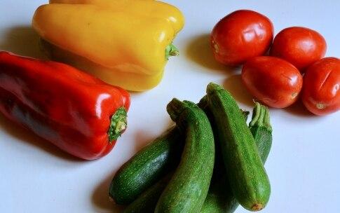Preparazione Crostata salata di peperoni - Fase 1