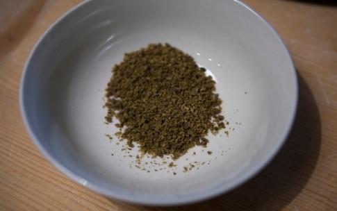 Preparazione Polpo con salsa d'arachidi, emulsione di basilico, polvere di olive taggiasche - Fase 1