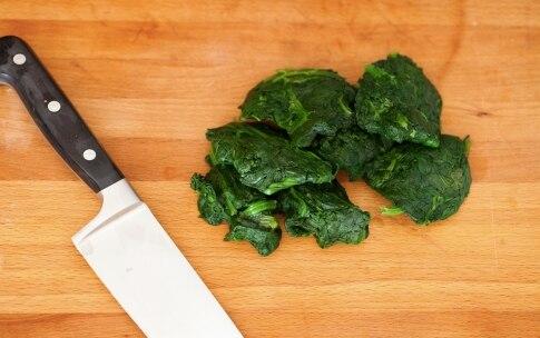 Preparazione Rustici con pasta sfoglia, spinaci e mozzarella - Fase 1