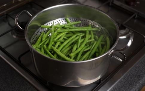 Preparazione Fagiolini fritti - Fase 1