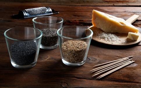Preparazione Lecca lecca al parmigiano - Fase 1