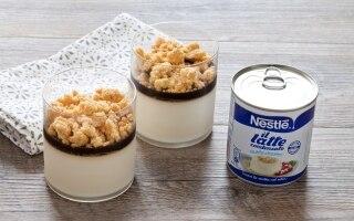 Panna cotta al latte condensato con gelatina...