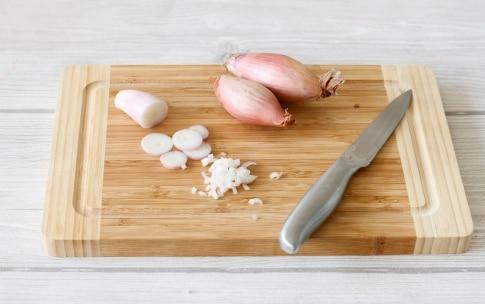 Preparazione Purè di patate con scalogno, rosmarino e chips croccanti - Fase 2